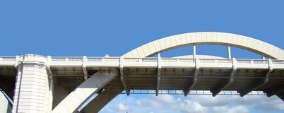 Südquerneigungbrücke Stockbild