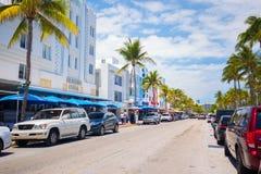 Südstrand, Miami Beach, Ozean-Antriebs-Straße, Architekturmonumente von Art Deco Hotels und Restaurants lizenzfreies stockbild