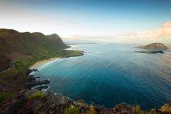 Süduferpanorama von Oahu am späten Nachmittag lizenzfreie stockfotografie
