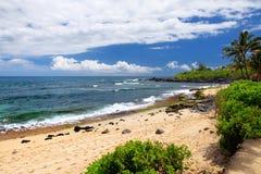 Sławna Hookipa plaża, popularny surfingu punkt wypełniający z białą piasek plażą, pykniczni tereny i pawilony, Maui, Hawaje Obraz Stock