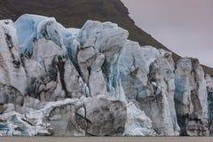 Sławna lodowiec struktura na laguny fjallsarlon w Iceland z b fotografia stock