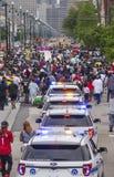 Sławna uliczna parada w Nowy Orlean NOWY ORLEAN LUIZJANA, KWIECIEŃ, - 18, 2016 - ostatki - obraz stock