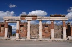 Sławne antykwarskie ruiny grodzki Pompeii w południowym Italy Zdjęcia Stock