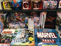Sławni Amerykańscy Komiczni magazyny Dla sprzedaży W Lokalnym Bookstore Obrazy Stock