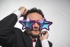 Sławny, biznesmenie z, szkło gwiazd, szalonego i śmiesznego człowiekiem sukcesu, Zdjęcia Royalty Free