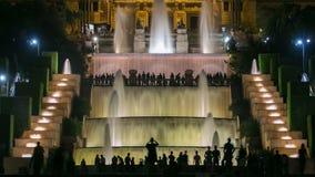Sławny lekki przedstawienie i magiczny fontanny timelapse przed Krajowym muzeum sztuki przy Placa Espanya w Barcelona przy zbiory wideo