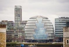 sławny Londyński urzędu miasta budynek widzieć od Londyn wierza, UK Obraz Royalty Free