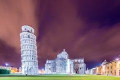 Sławny Oparty wierza PISA obraz royalty free