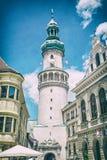 Sławny Pożarniczy wierza w Sopron, Węgry, analogowy filtr obrazy stock
