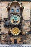 Sławny Praga zegar - Orloj, najwięcej popularnego turystycznego punktu zwrotnego zdjęcie royalty free
