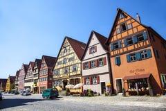 Sławny stary romantyczny średniowieczny miasteczko Dinkelsbuehl Obrazy Stock
