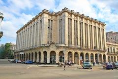 Sławny teatr i Cine Payret budynek w stary Hawańskim, Kuba fotografia royalty free