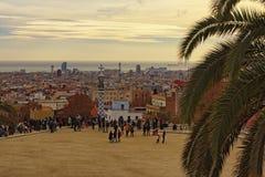 Sławny turystyczny miejsca i podróży miejsce przeznaczenia w Barcelona jest Parkowy Guell zdjęcia stock