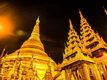 Sławny złoty pagodowy Shwedagon przy nocą, Yangon, Myanmar 5 Obraz Stock