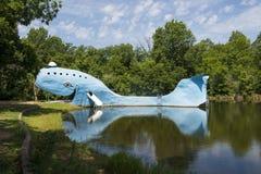 Sławnych drogi strony przyciągań Błękitny wieloryb Catoosa wzdłuż historycznej trasy 66 w stanie Oklahoma, usa zdjęcie royalty free