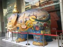 Słoń statua Przed CentralWorld w Bangkok Obrazy Stock