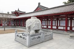 Słoń statua przy Gęsią pagodą w XI. «- Imagen zdjęcia stock