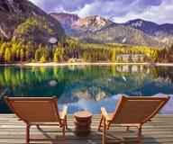 Słońc loungers na jeziorze Zdjęcia Royalty Free