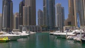Słońca Dubai marina guld jachtu lekki port 4k uae zbiory wideo
