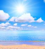 słońca na plaży Obrazy Royalty Free