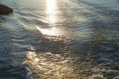Słońca odbicie na wodzie przy Tysiąc wyspami Obrazy Stock