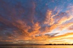 Słońca ustalony niebo Zdjęcie Stock