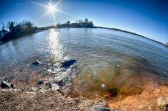Słońce błyszczy nad jeziornym wylie Obraz Royalty Free