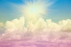 Słońce chmury i promień Zdjęcie Royalty Free