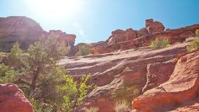 Słońce dryfuje past pustyni redrocks zbiory