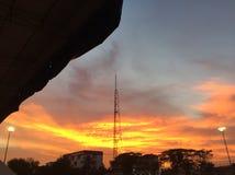 Słońce i budynek zdjęcie stock