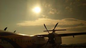 Słońce nad samolotem obrazy royalty free