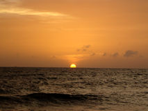słońce oceanu Obrazy Royalty Free