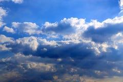 Słońce promieni spada rzut chmury Zdjęcie Stock
