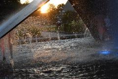 Słońce przez fontanny Obraz Royalty Free
