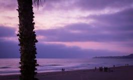 Słońce puszek Barwi ocean i niebo fotografia stock