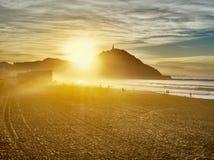 Słońce ustawia za Monte Urgull San Sebastian, bask Co obraz royalty free