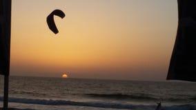 Słońce ustawiający i kyte w Izrael Obraz Stock