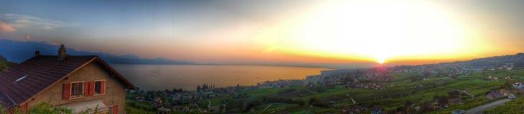 Słońce ustawiający nad Lausanne Zdjęcie Stock