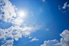 Słońce w niebie Obrazy Stock