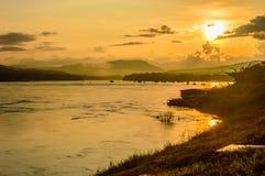 Słońce wzrost w Khong Chiam, Ubon Ratchathani Zdjęcie Royalty Free