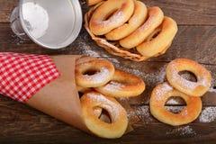 Słodcy świezi donuts Zdjęcia Stock