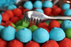 Słodcy cukierki z łyżką Obrazy Stock
