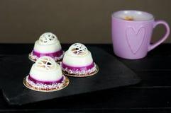 Słodcy desery z czarną jagodą Obrazy Royalty Free