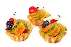 Słodcy desery z kiwi, czernica, truskawka, pomarańczowa owoc Obrazy Royalty Free