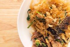 Słodcy wermiszel smażyli z warzywem i kurczakiem na ryż Fotografia Stock