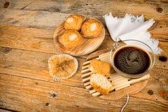 Słodka bułeczka i coffe Zdjęcie Stock