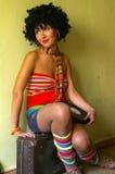 słodka dziewczyna kędzierzawa disco fotografia royalty free
