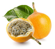 Słodka passiflora lub grenadia na białym tle Fotografia Royalty Free