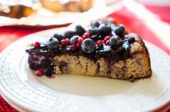 Słodki cheesecake z lukrecją i owoc Obrazy Royalty Free