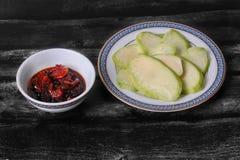 Słodki rybi kumberland i wysuszona garnela z mango zdjęcie royalty free